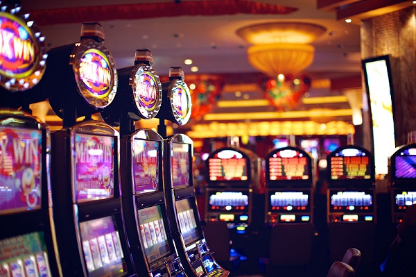 How to Play Online Slots at an Online Slots Tournament