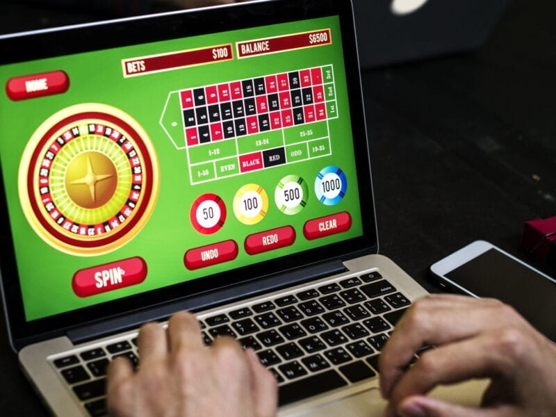 Tips to Choose Online Casinos – Enjoy Good Games and Earn Money